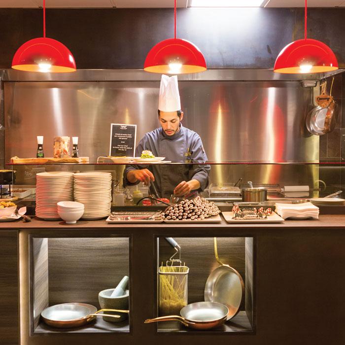industrial kitchen equipment servery